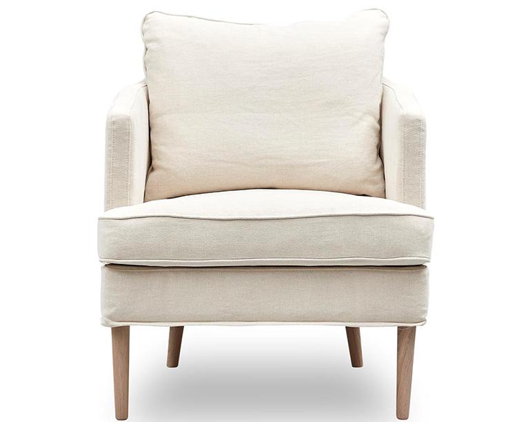 Smuk lænestol i lyst naturstof