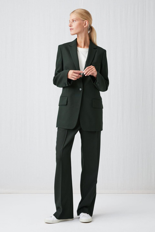 Grønt kvalitetspræget jakkesæt til kvinder