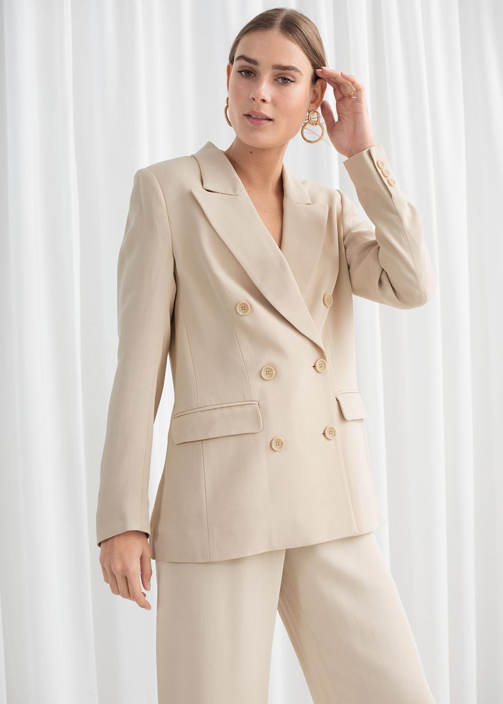 lyst jakkesæt til kvinder