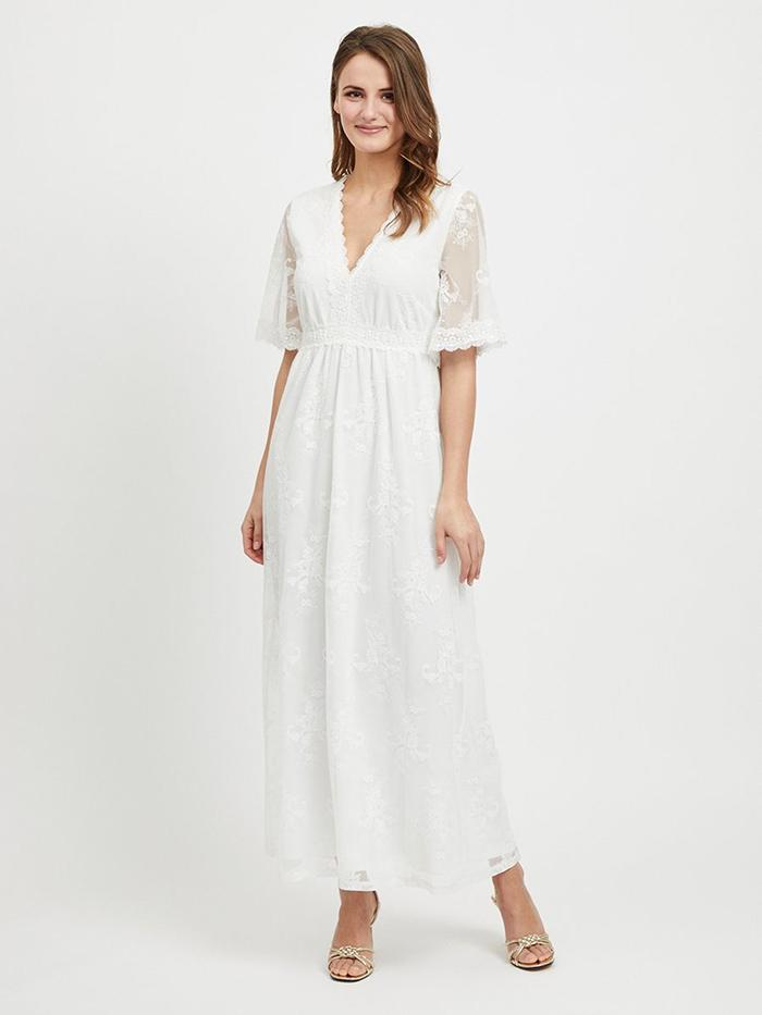 blonde kjole hvid