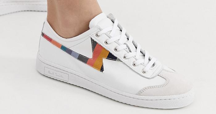 Sneakers med diskrete farver