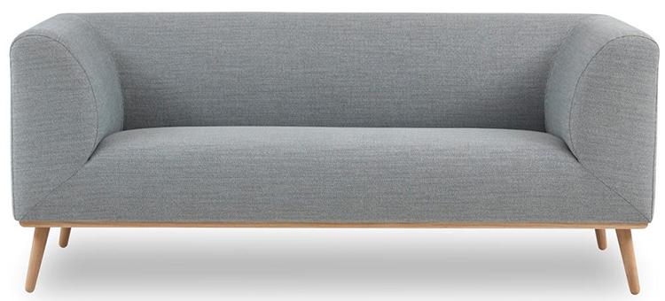 Moderne og grafisk sofa i lyseblåt stof