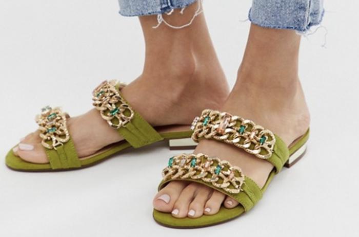 farverige sandaler til kvinder