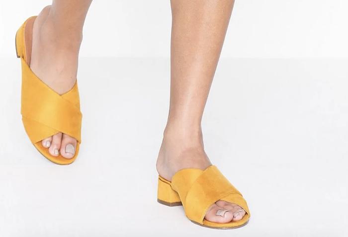 højhælede sandaler