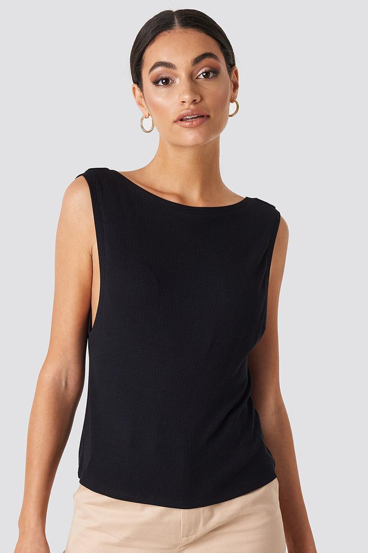 Unik sort bluse uden ærmer