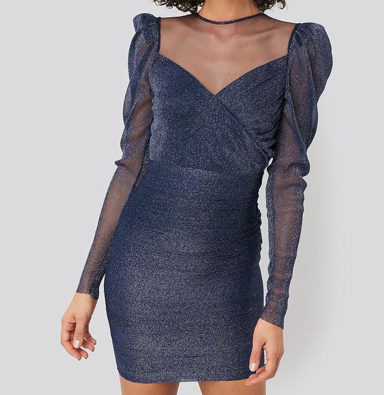 Glamourøs nytårskjole i mørkeblå nuance