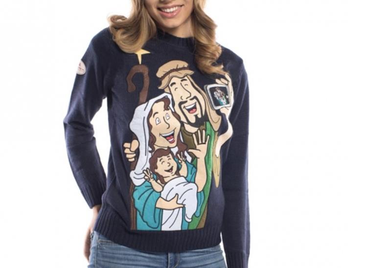 Julesweater med hellig selfie