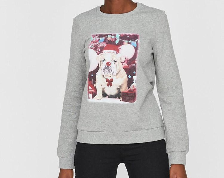 Julesweater med julebulldog på