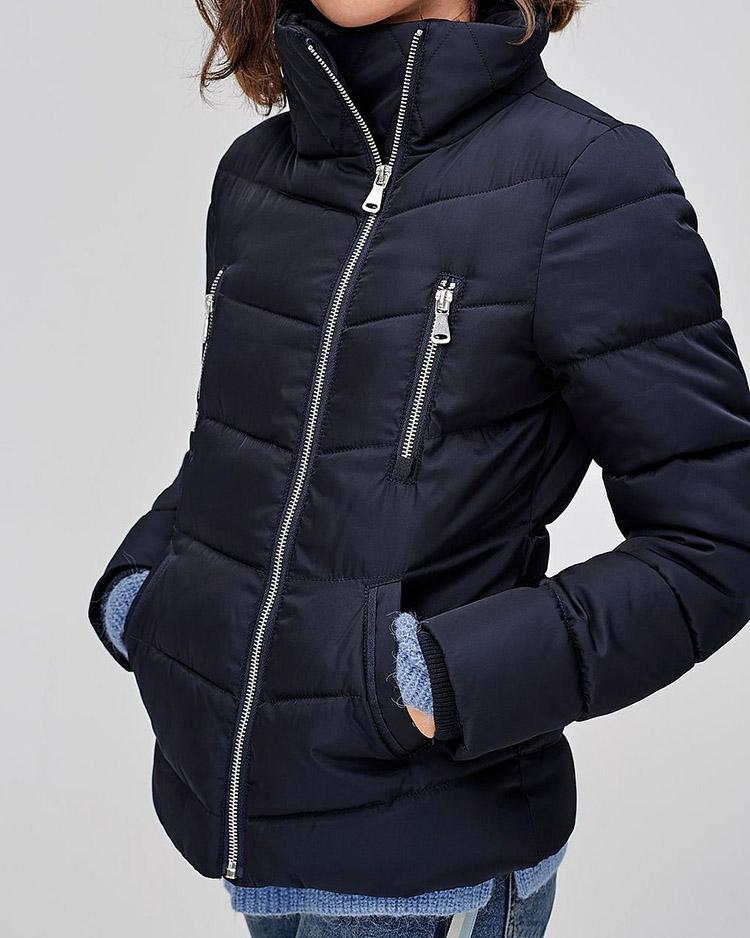 Klassisk blå vinterjakke til damer