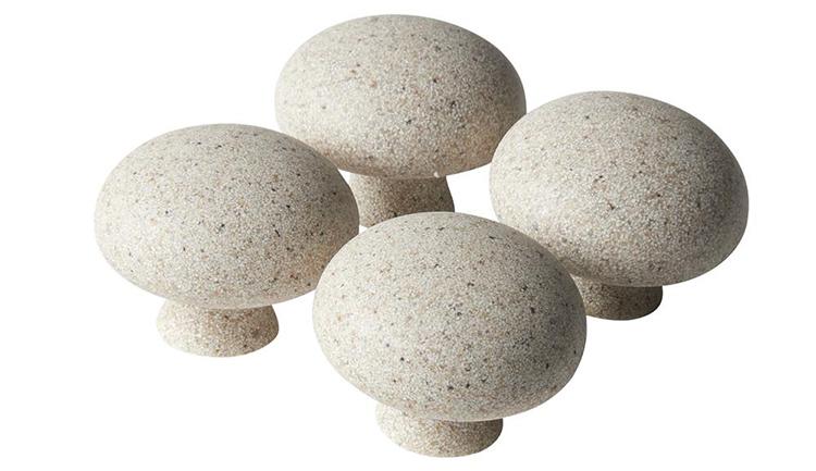 Dekorative knager i sten