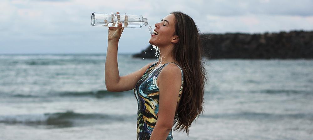 Fugt kroppen indefra og drik vand - rigeligt med vand