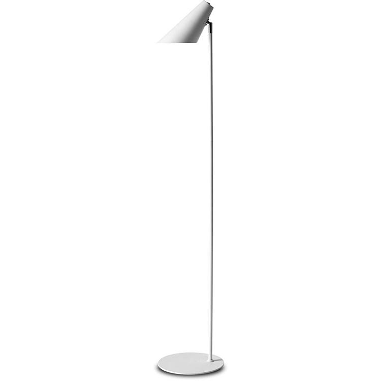 Hvid gulvlampe i simpelt design