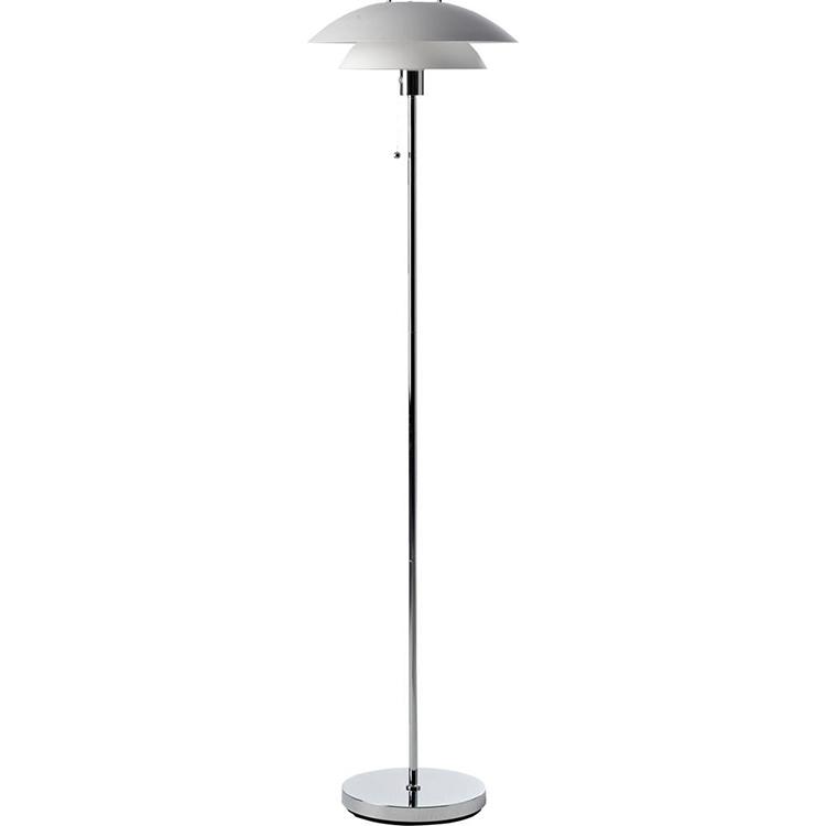 Klassisk gulvlampe med keramisk lampeskærm