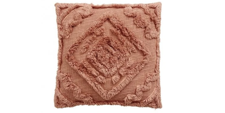 Lækker håndlavet pyntepude i lys rosa