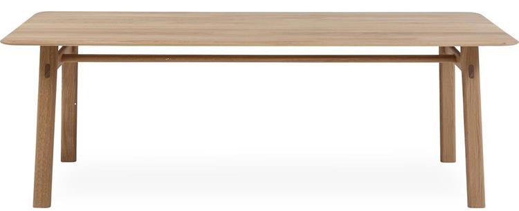 Lækkert spisebord med udtræk i lyst træ