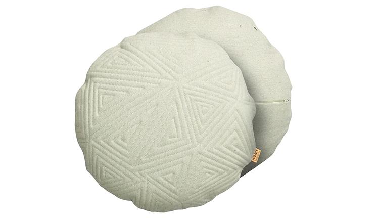 lille rund pyntepuder i uld