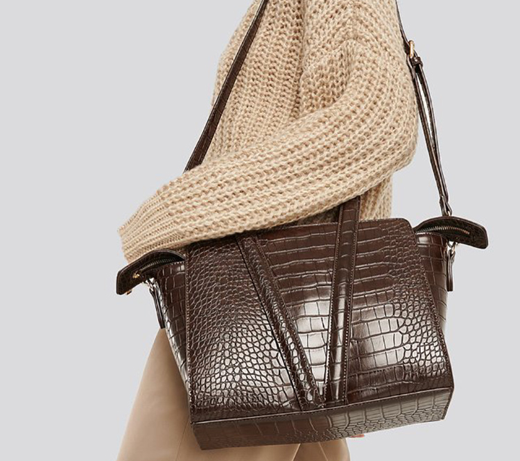 Brun dametaske i elegant design