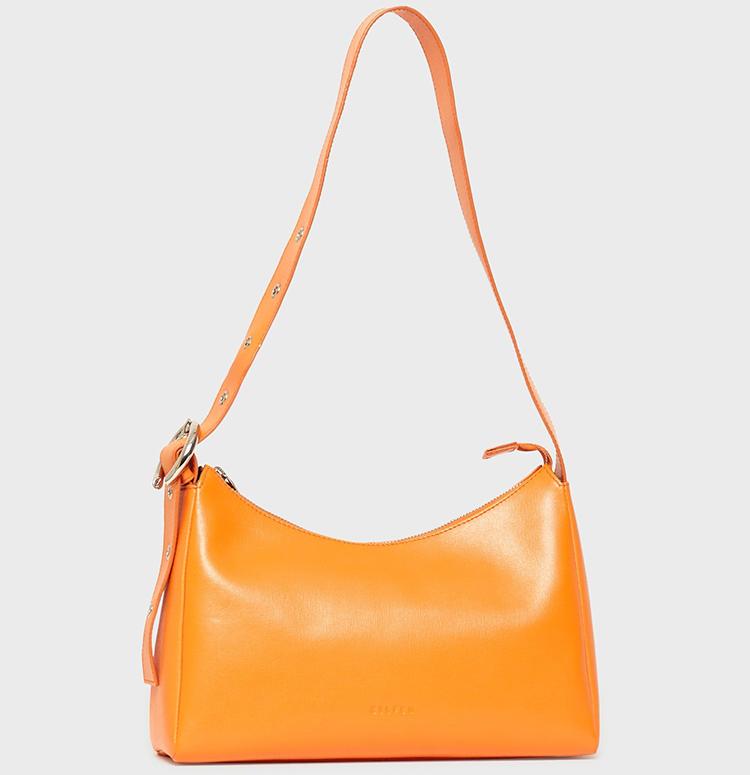 Flot orange taske med pang på