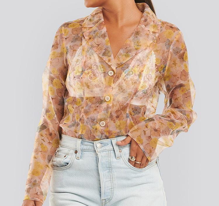Gennemsigtig skjorte med blomsterprint