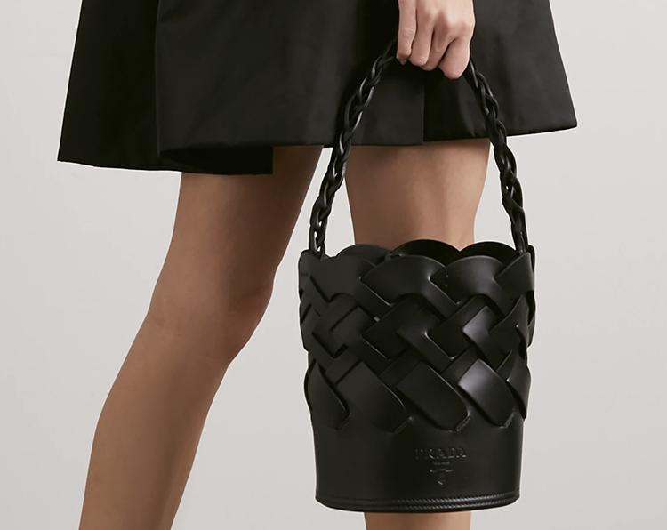Lækker sort Prada taske til kvinder