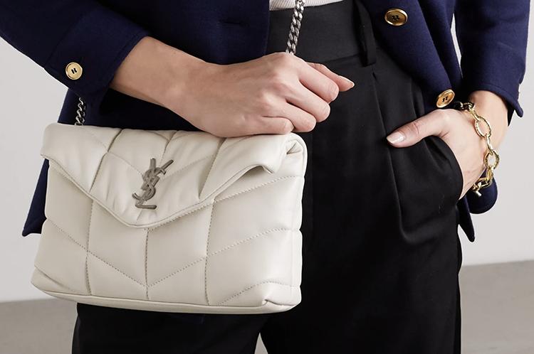 Lys Saint Laurent taske i blød læder
