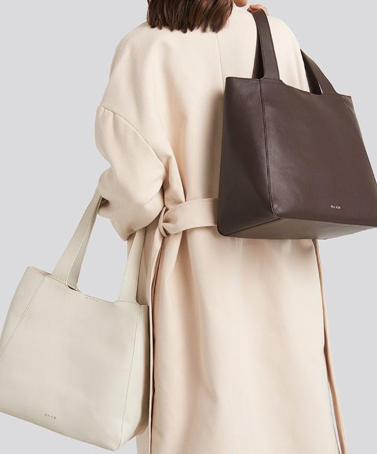 Simpel og elegant shopper i kunstlæder