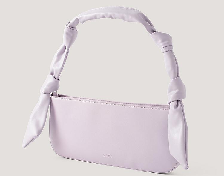 Smuk lilla baguette taske med fine knuder