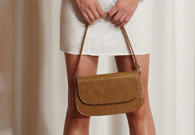 Yndig brun taske i 90'er design