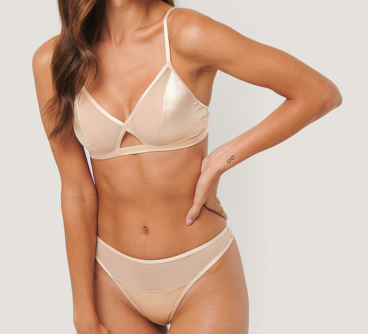 Fint tyndt undertøj i silke look