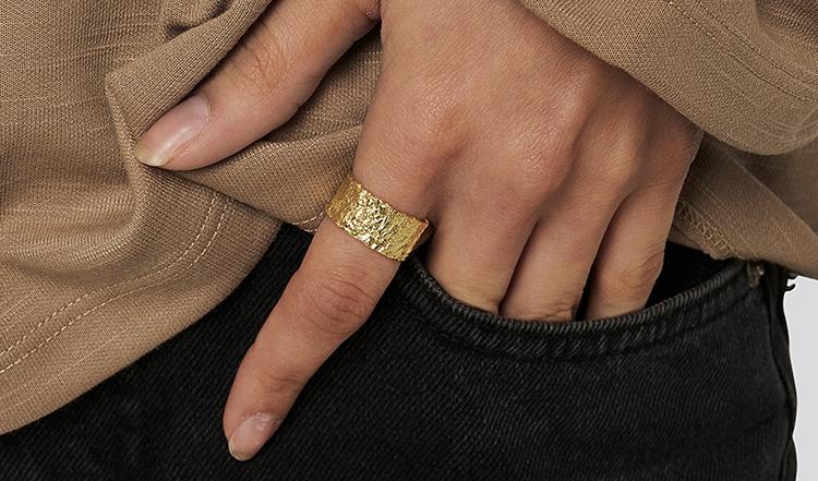 Flot og billig ring i ægte guld