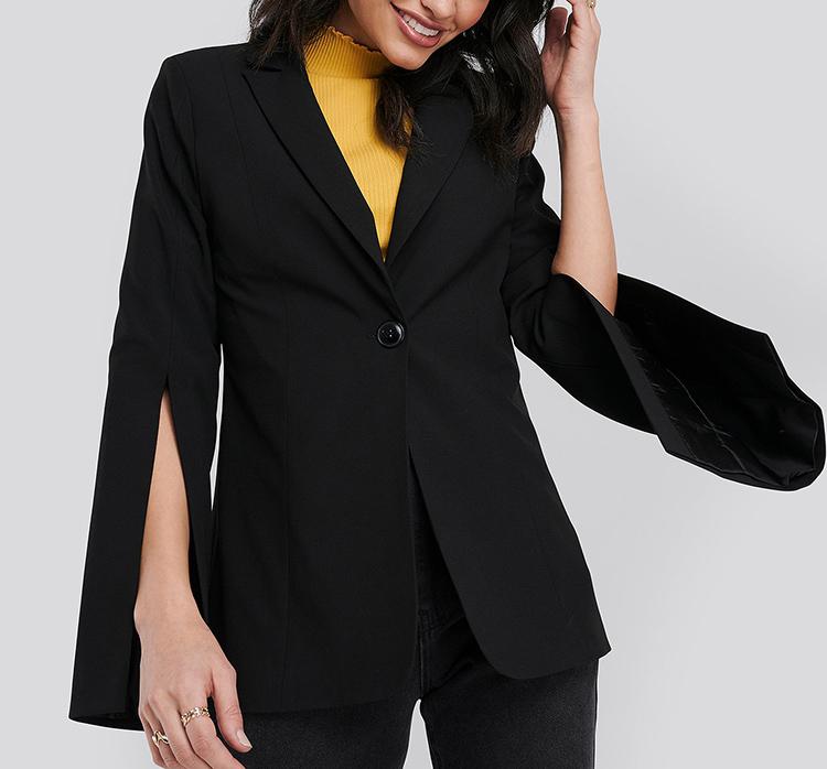Oversized sort blazer med slidsede ærmer