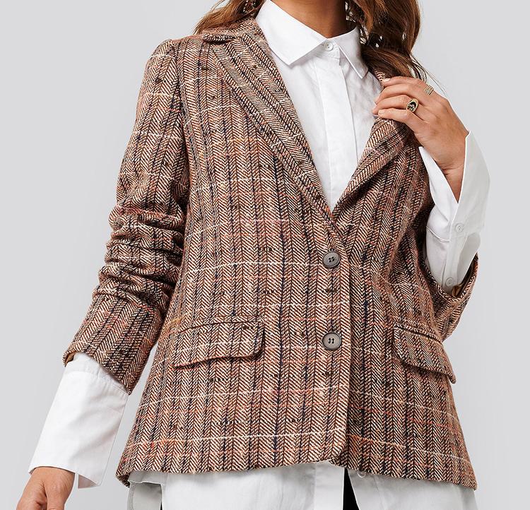 Smuk ternet blazer i Chanel-stil