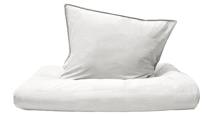 Blødt hvidt sengetøj i økologisk bomuld