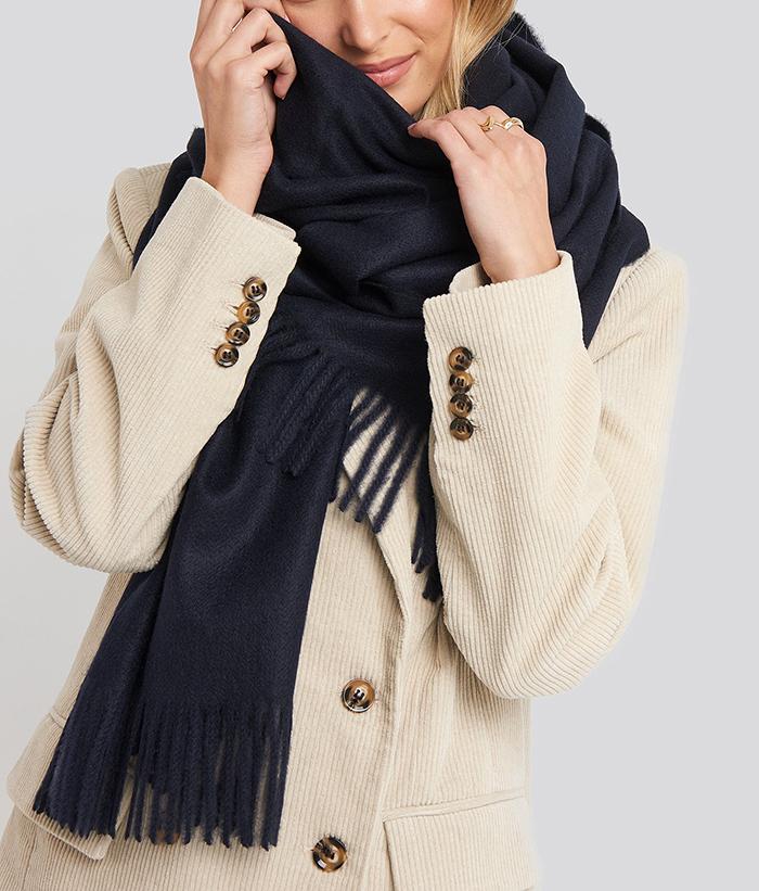 Flot mørkeblåt tørklæde til kvinder