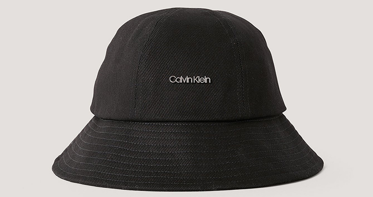 Lækker Calvin Klein bøllehat til damer