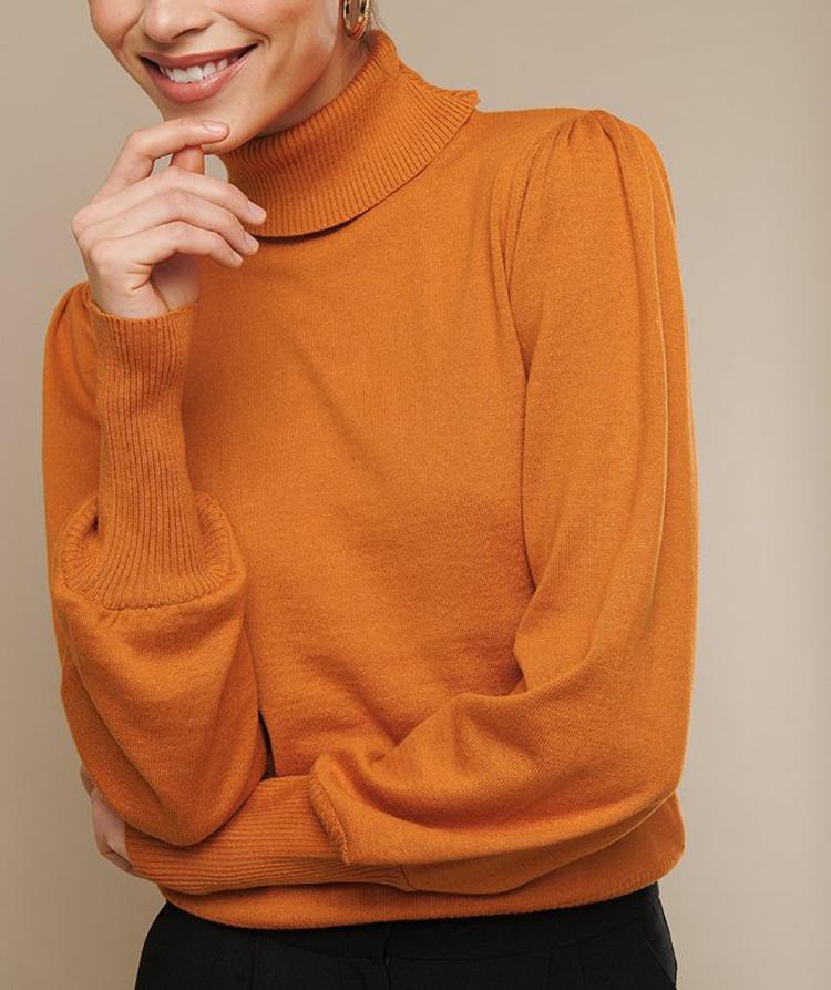 Løs, orange og tynd striktrøje til kvinder