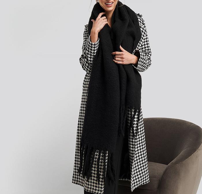 Langt og kraftigt tørklæde til kvinder
