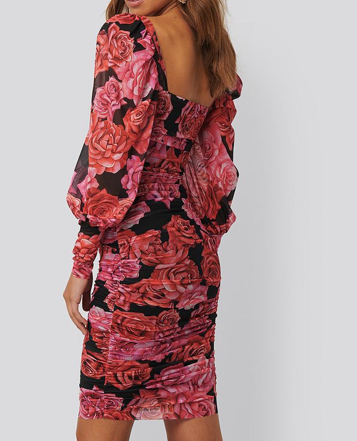 Smuk farverig festkjole til kvinder