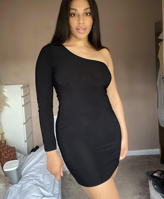 Flot sort cocktail kjole til store kvinder