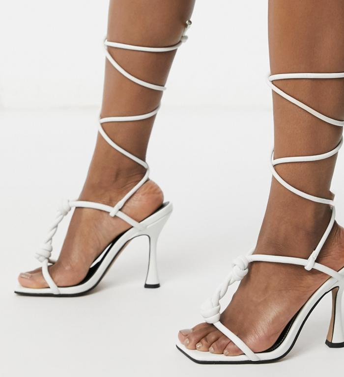 Lækre højhælede sandaler med snøre