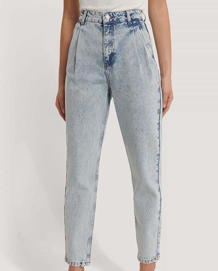 Mom jeans i lys denim