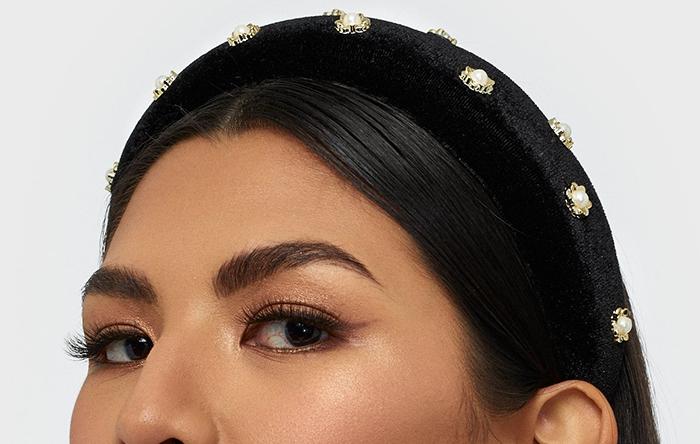 Smuk hårbøjle med diamanter