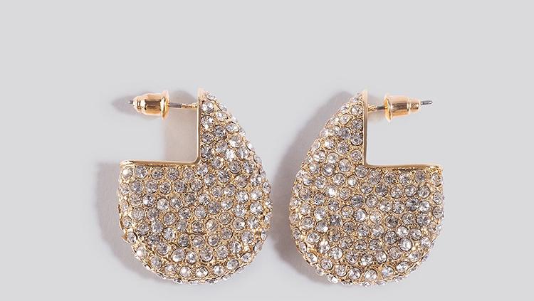 Smukke diamant øreringe til kvinder