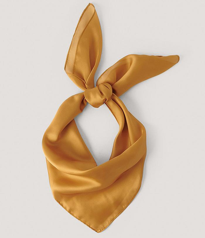 Sødt orange tørklæde i bomuldsatin