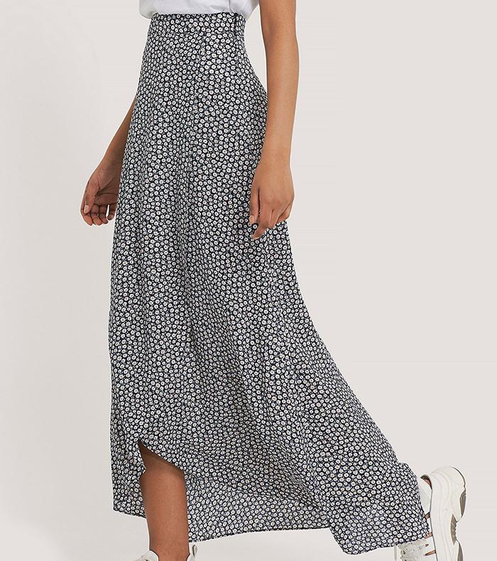 Lang nederdel med spraglet print