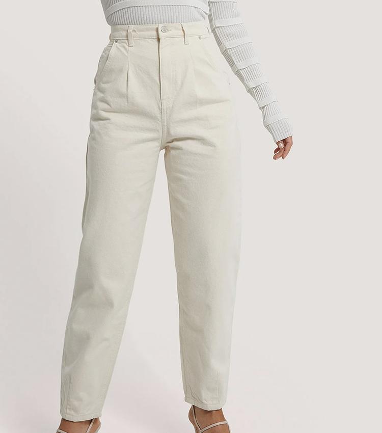 Søde højtaljede mom-jeans råhvid
