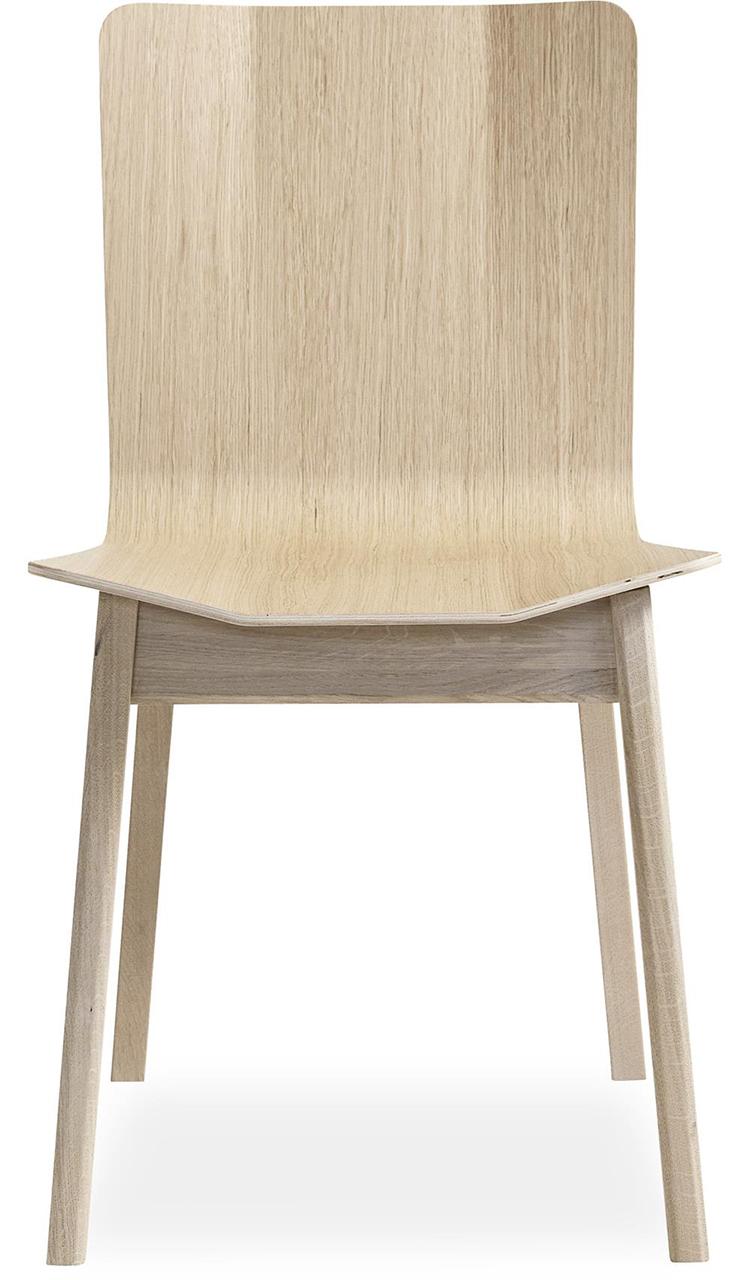 Smuk kvalitetspræget træstol i grafisk design