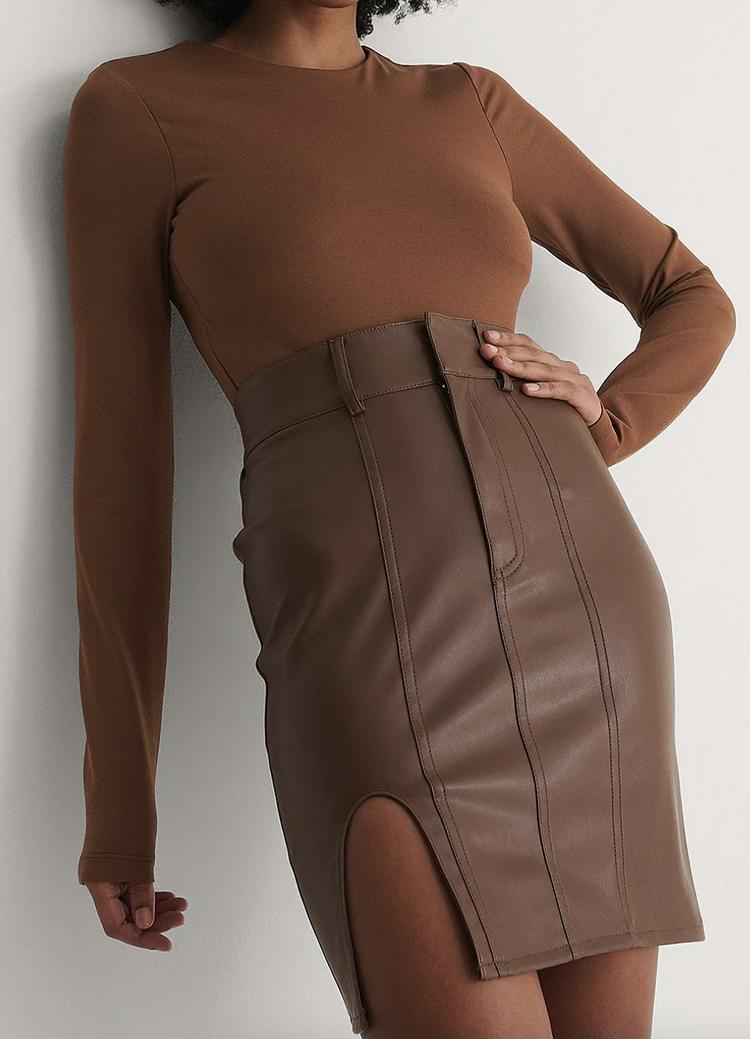 Flot brun bodystocking til kvinder
