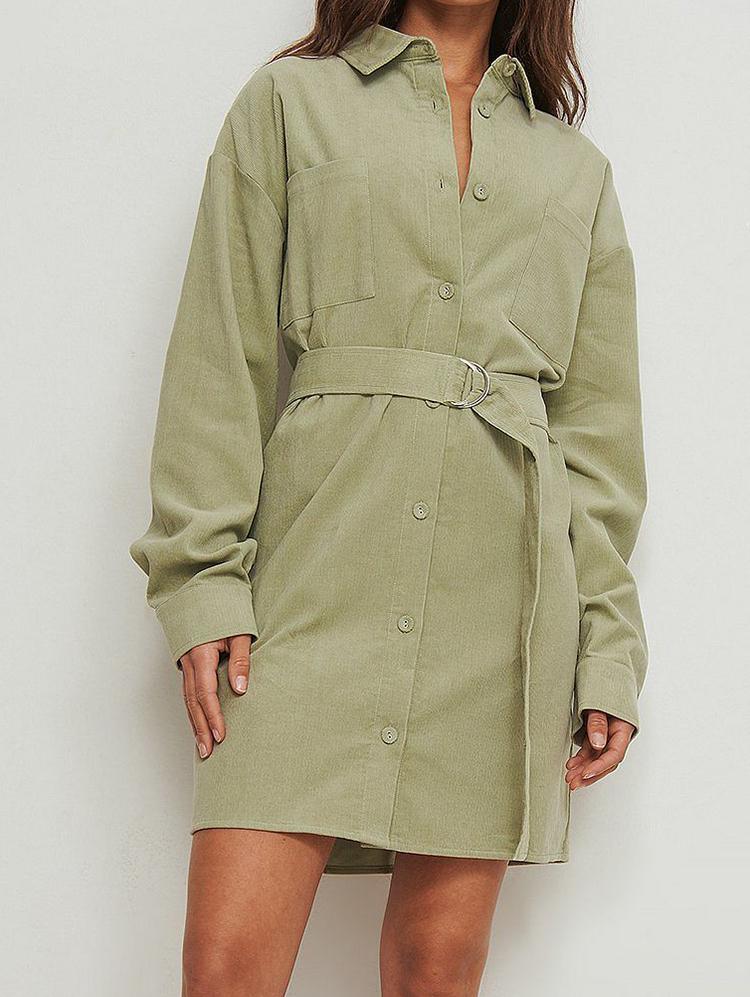 Billig kjole i olivengrøn fløjl stof