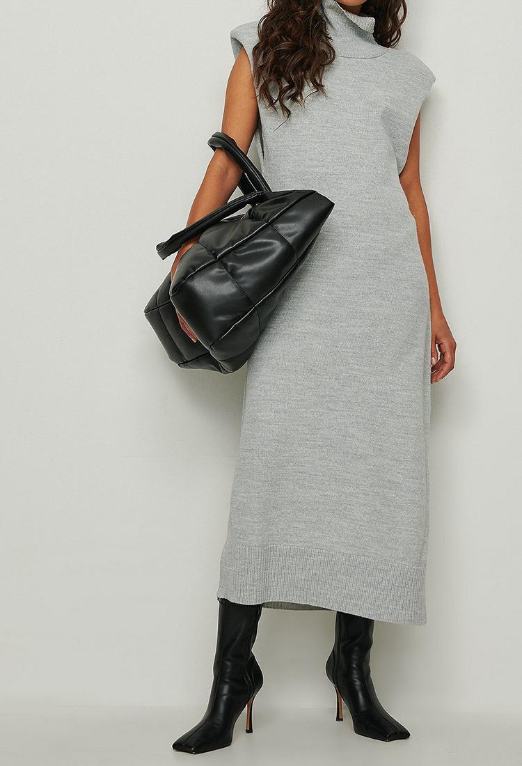Billig og afslappende kjole i raffineret design